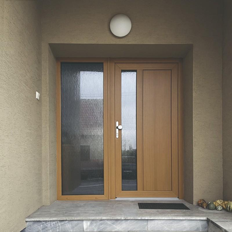 vchodové dveře PVC